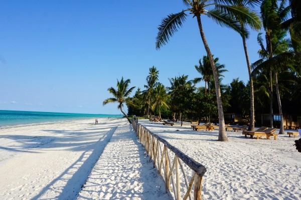Séjour Paris - Zanzibar (Tanzanie) - Vols + Hôtel Framissima Paje Palms Beach Resort **** (7nuits) à partir de 1199€ (Fram.fr)