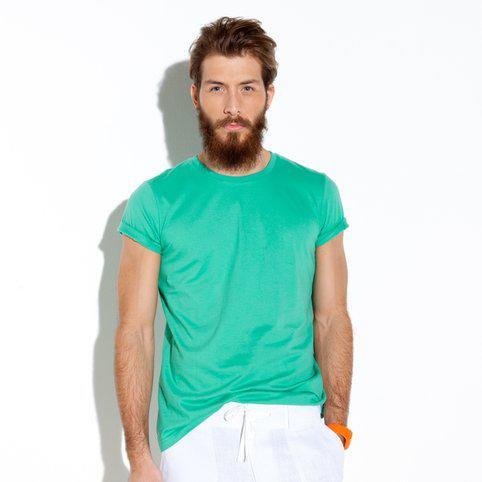 Sélection de vêtements en promo - Ex : T-shirt uni ras-de-cou manches courtes en coton homme (Taille L)