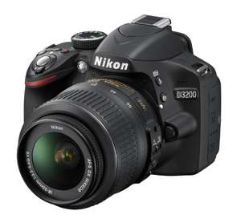 Appareil photo numérique Reflex  24.2 Mpix Nikon D3200 Kit Objectif AF-S DX 18-55 mm Noir