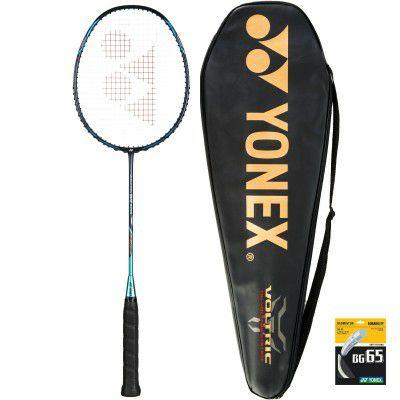Raquette de Badminton Yonex Voltric 0.7 DG avec housse et cordage BG 65