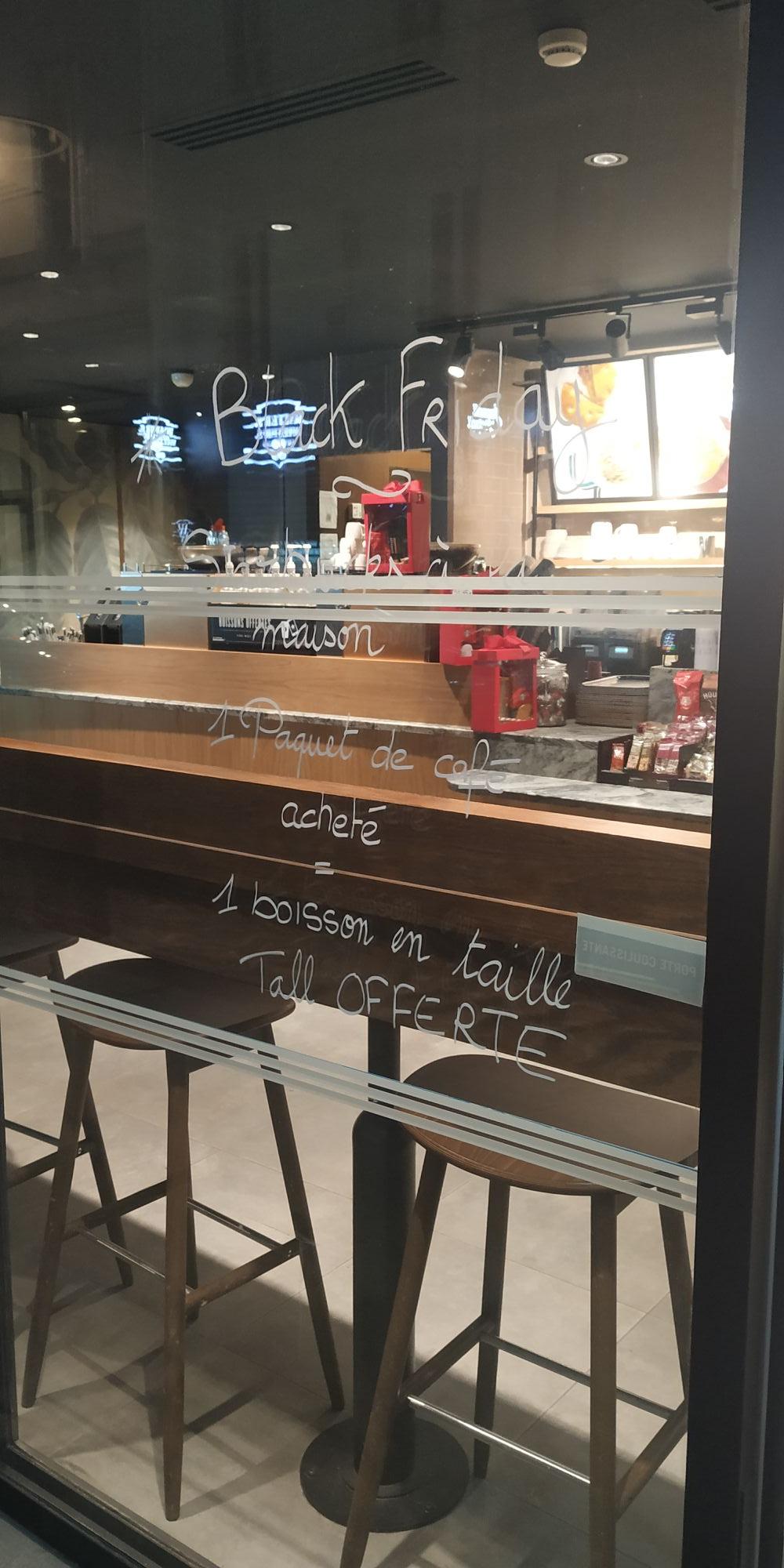 Boisson Tall offerte pour l'achat d'un paquet de café (5.90€) - Saint-Dominique Paris (75)