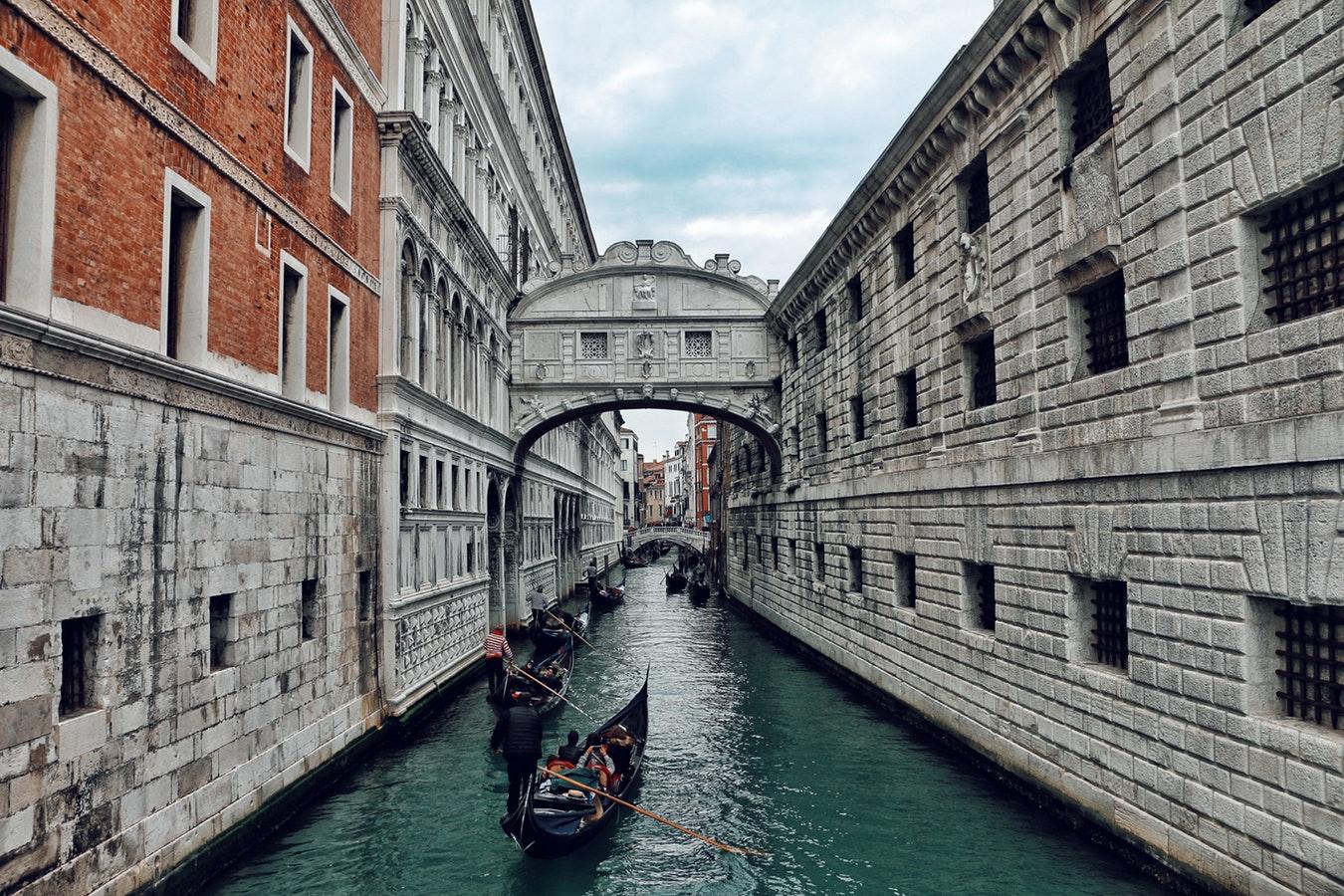 3 jours / 2 nuits à l'hôtel Plaza 4* Smart proche de Venise (petit-déjeuner) au départ de plusieurs villes à partir de 87.32€ / personne