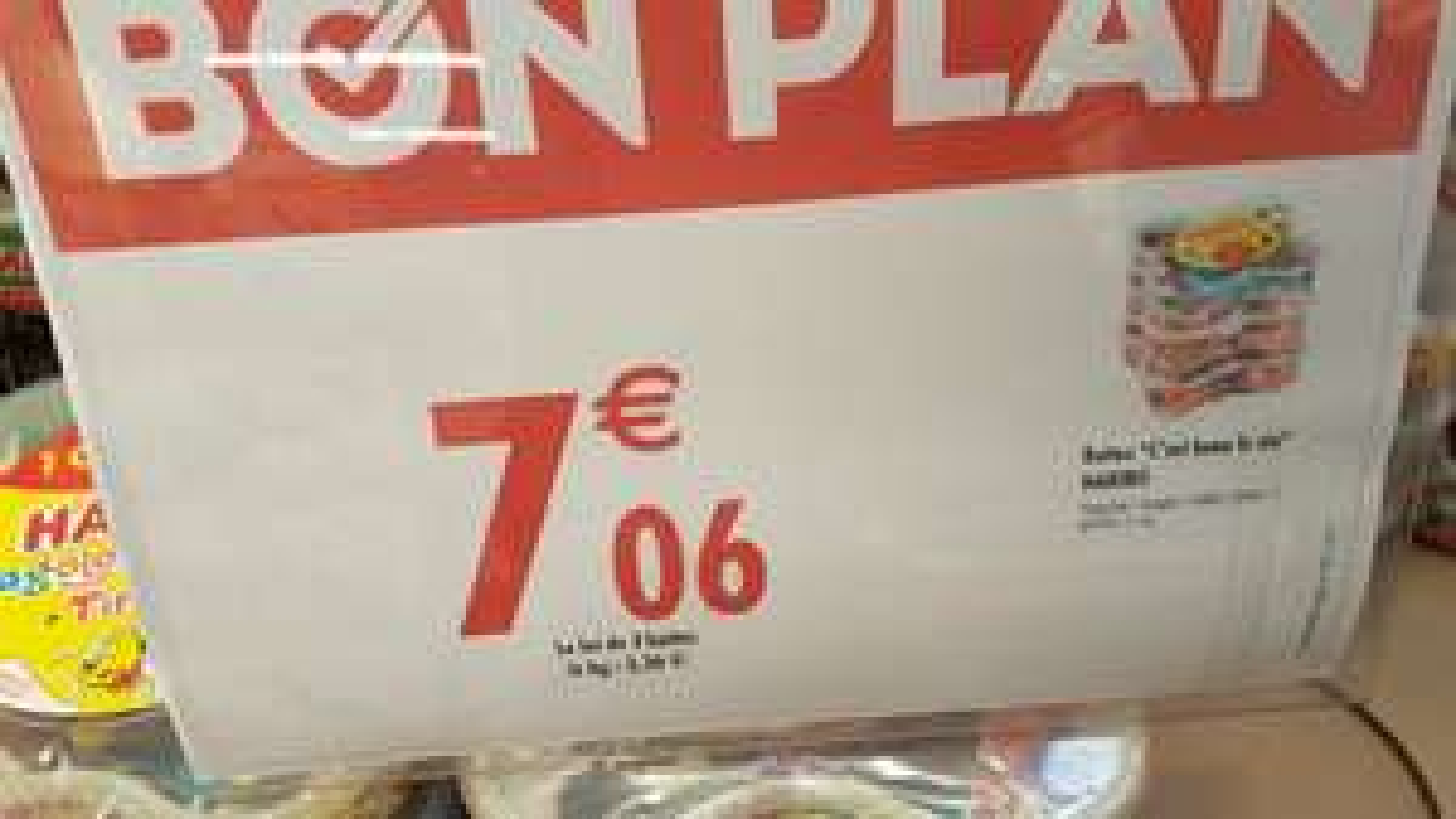 Lot de 3 boites Haribo Happy box + Dragolo + Tribbidi - 2,1 Kg à Carrefour Hyper Meylan (38)
