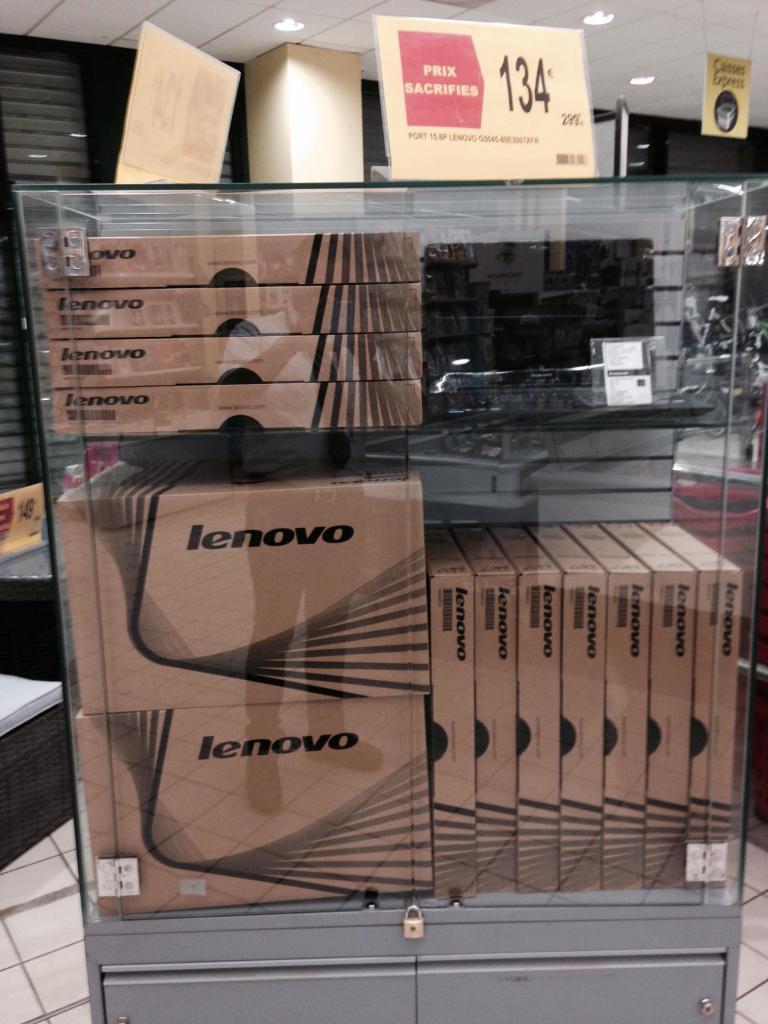 PC Portable lenovo G5045 - Processeur AMD - 4Go de ram