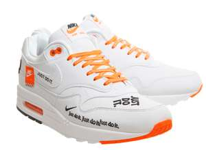 Paire de chaussures Nike Air Max 1 - Just Do It