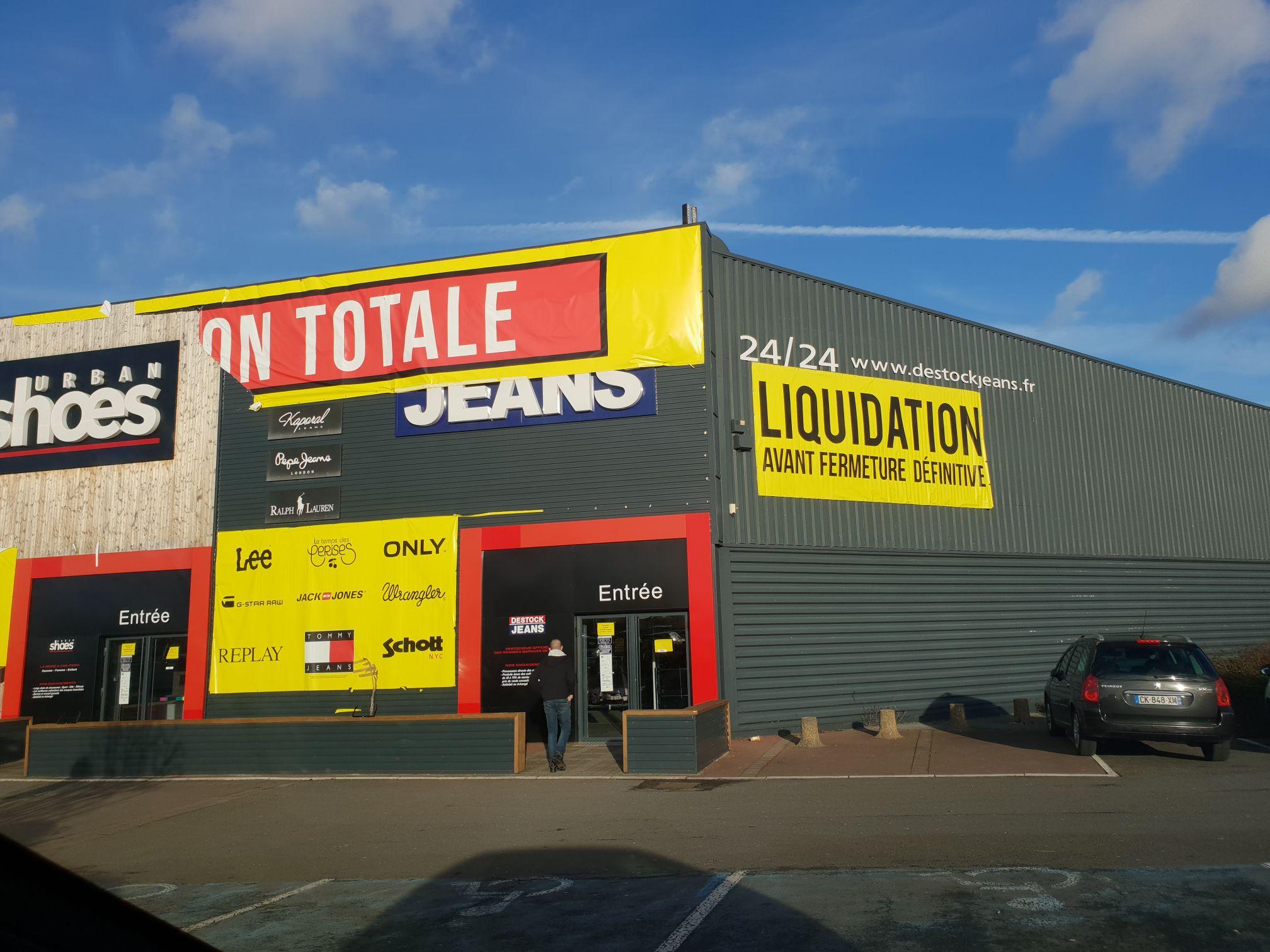 Liquidation totale en Magasin - Destock Jeans (Leers - 59)
