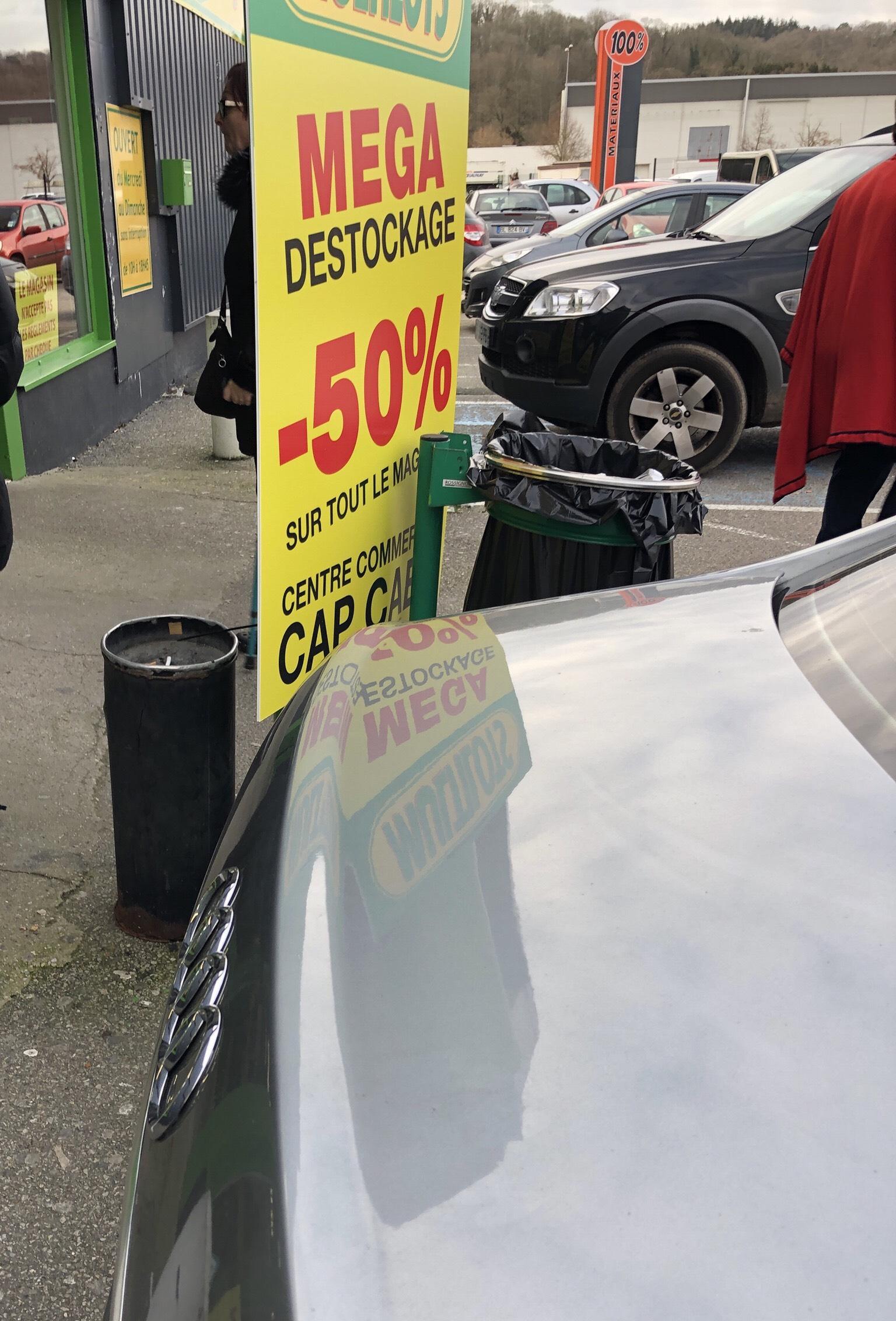 50% de réduction sur tout le magasin - Multilots Normanville (27)