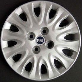 Lot de 4 Enjoliveurs de roues Fiat Punto 2