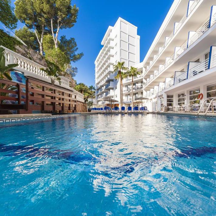 6 Jours / 5 Nuits à l'hôtel 4* Globales Palma Nova Palace à Majorque - Vols A/R, Transferts et formule tout compris, Mai 2019, par personne