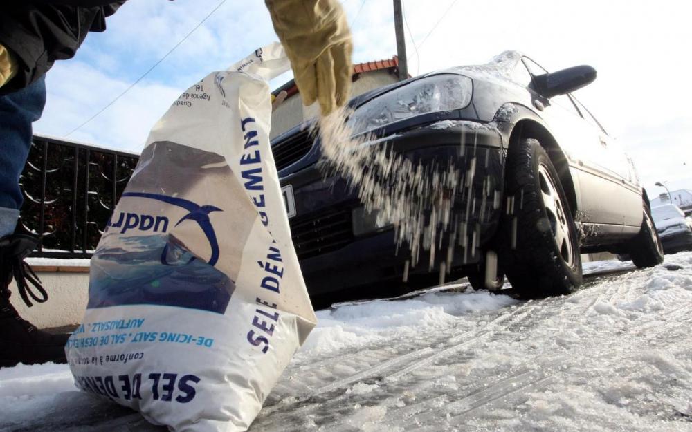 Distribution gratuite de sel de déneigement - Vigneux sur Seine (91)