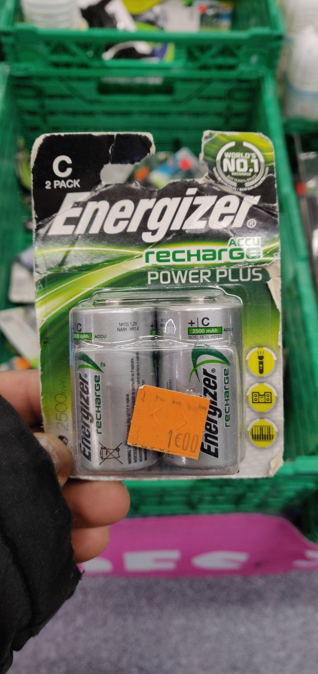 """Piles rechargeables """"C"""" Energizer 2500mah - Belle Epine (94)"""