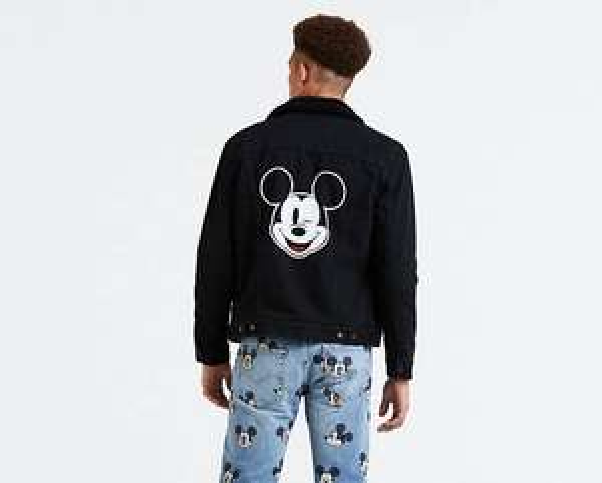 Veste  Levi's sherpa Mickey Mouse (Différentes tailles)