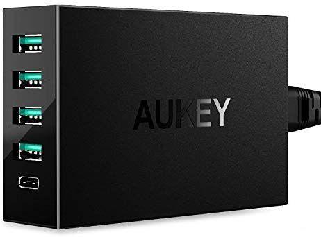 Chargeur USB/USB-C Aukey - 4 ports USB  + 1 port USB-C QC (vendeur tiers)