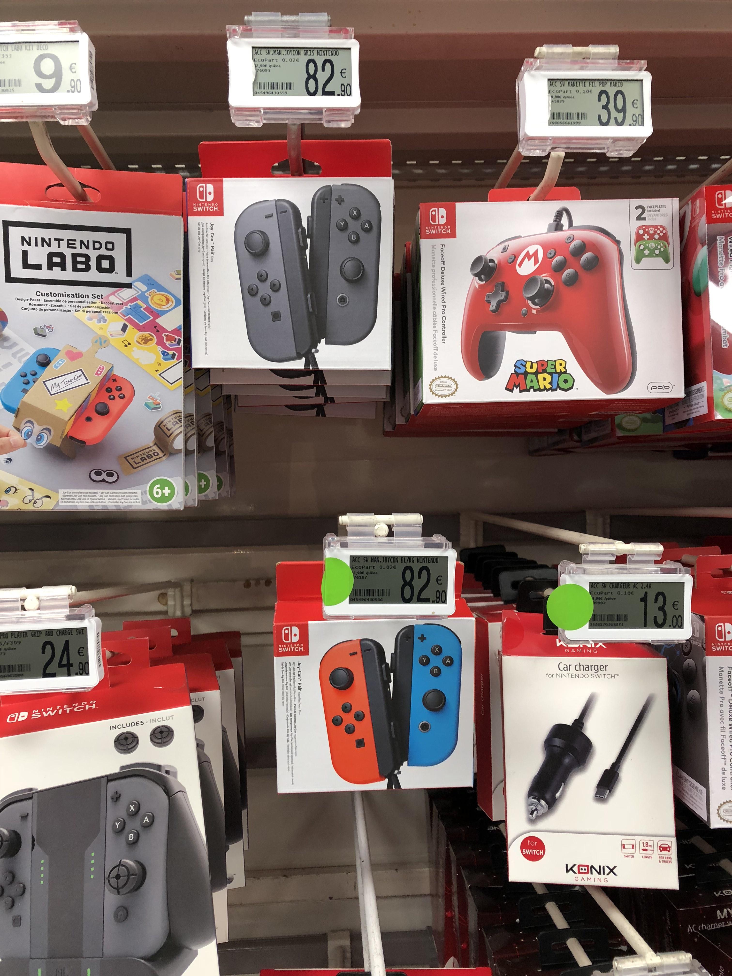 Paire de manettes Joy-Con bleu et rouge pour Nintendo Switch - Villefranche sur Saône(69)