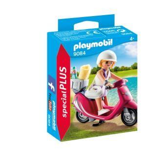 Sélection de Jouets Playmobil Special Plus en promotion - Ex: Vacancière avec scooter (9084)