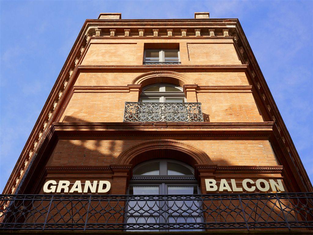 1 nuit avec petit déjeuner hôtel 4* le grand balcon à Toulouse