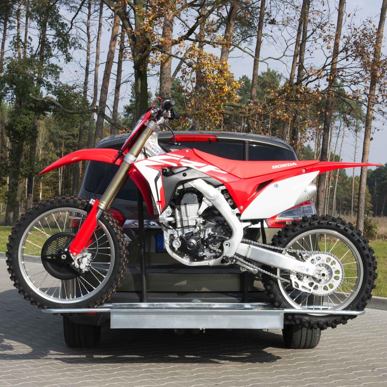 Porte-moto rail sur attelage de véhicule 24MX - endommagé