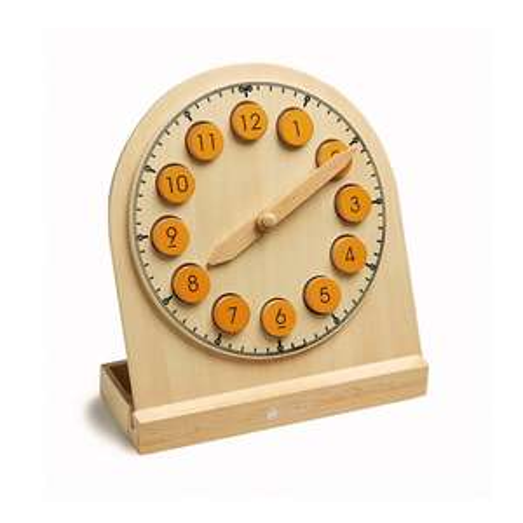 Horloge en bois activité Montessori (Dans une sélection de magasins)