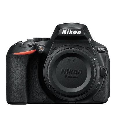 Appareil photo Reflex numérique Nikon D5600- Reflex Boitier nu