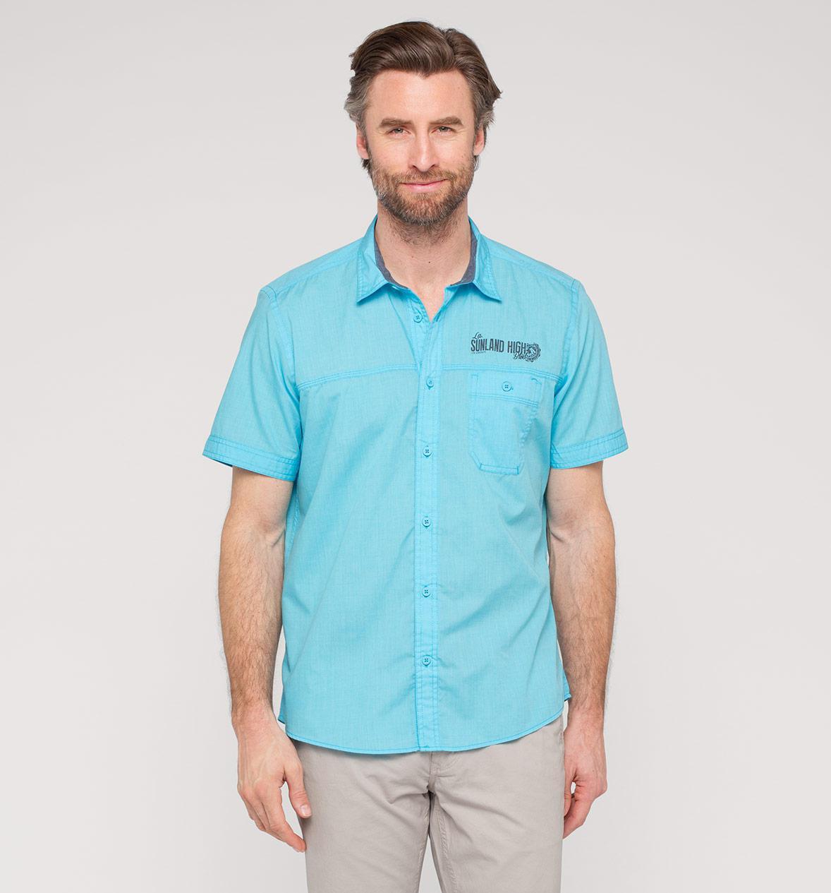 Jusqu'à 62,5% de réduction sur une sélection d'articles - Ex : Chemise courtes homme bleu clair homme
