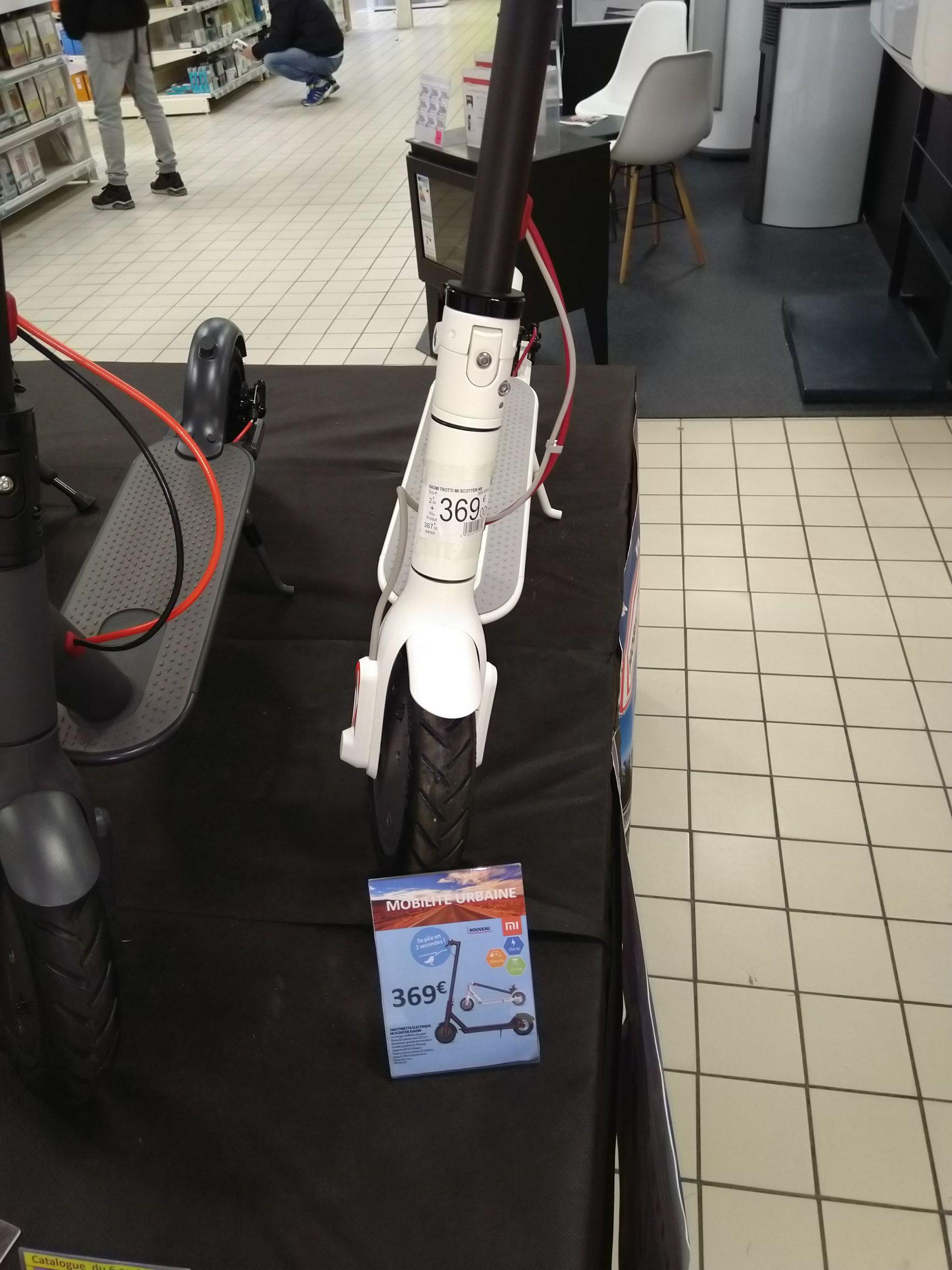 Trottinette électrique Xiaomi M365 (Blanche) -   Saint-Sébastien-sur-Loire (44)