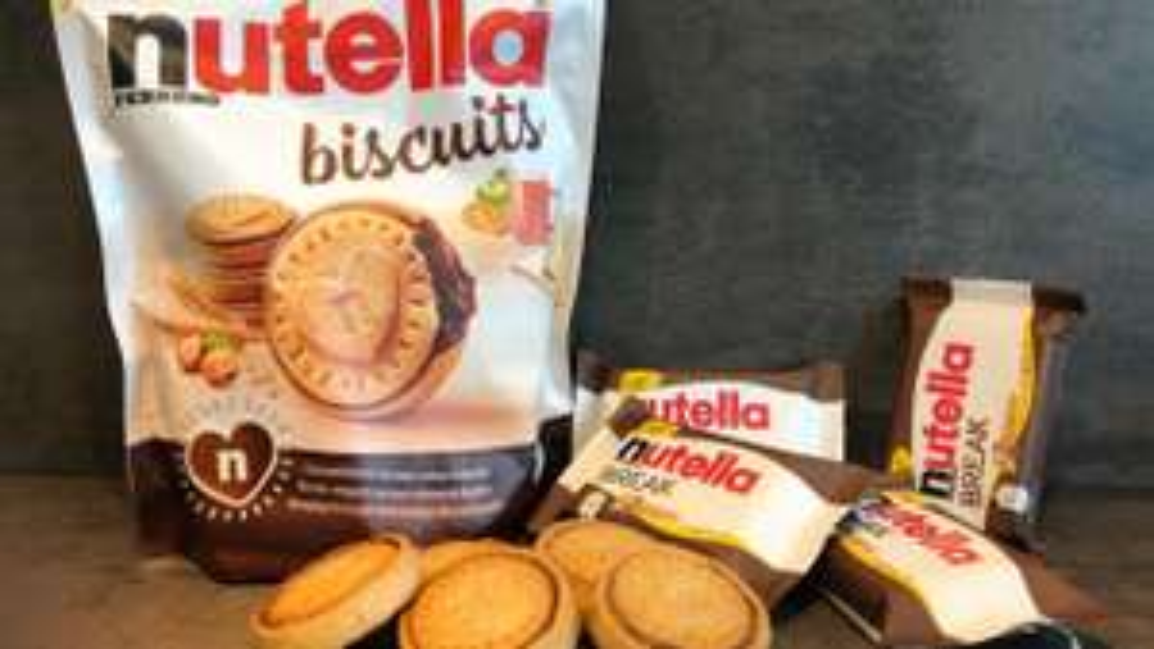 Distribution gratuite des nouveaux Nutella Biscuits - Place Carnot Lyon (69)