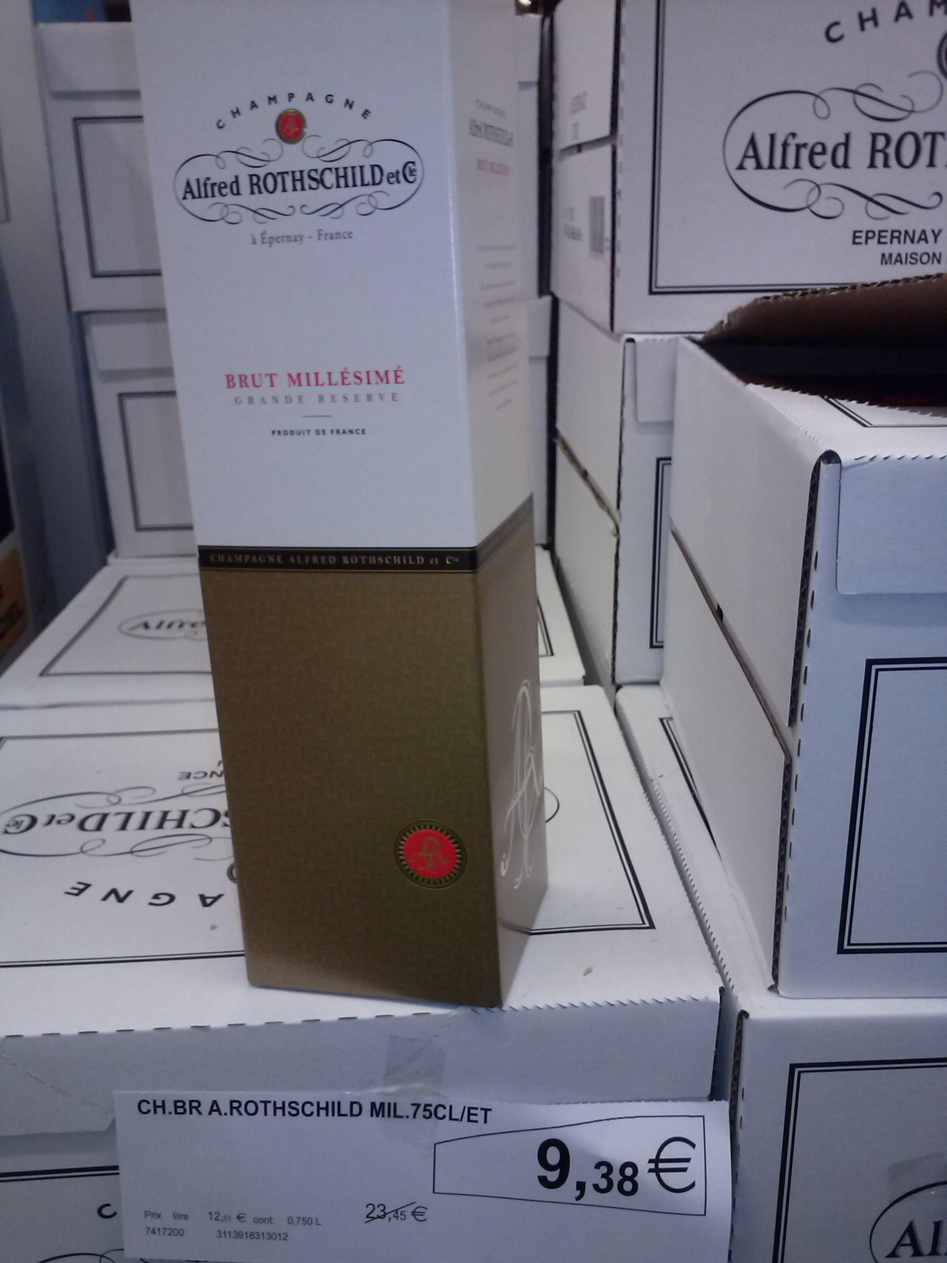 Bouteille de Champagne Alfred Rothschild millésimé 2010