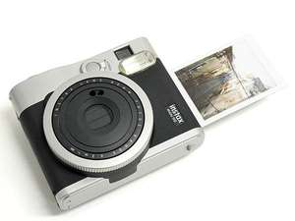Appareil photo instantané Instax Mini 90 Neo Classic