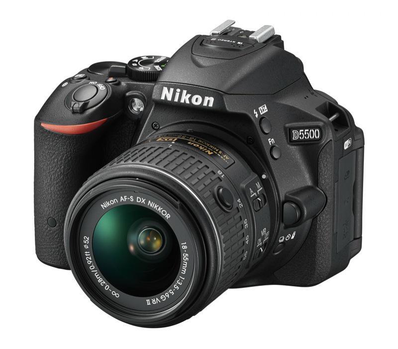 Reflex Nikon D5500 + objectif AF-S 18/55 VR