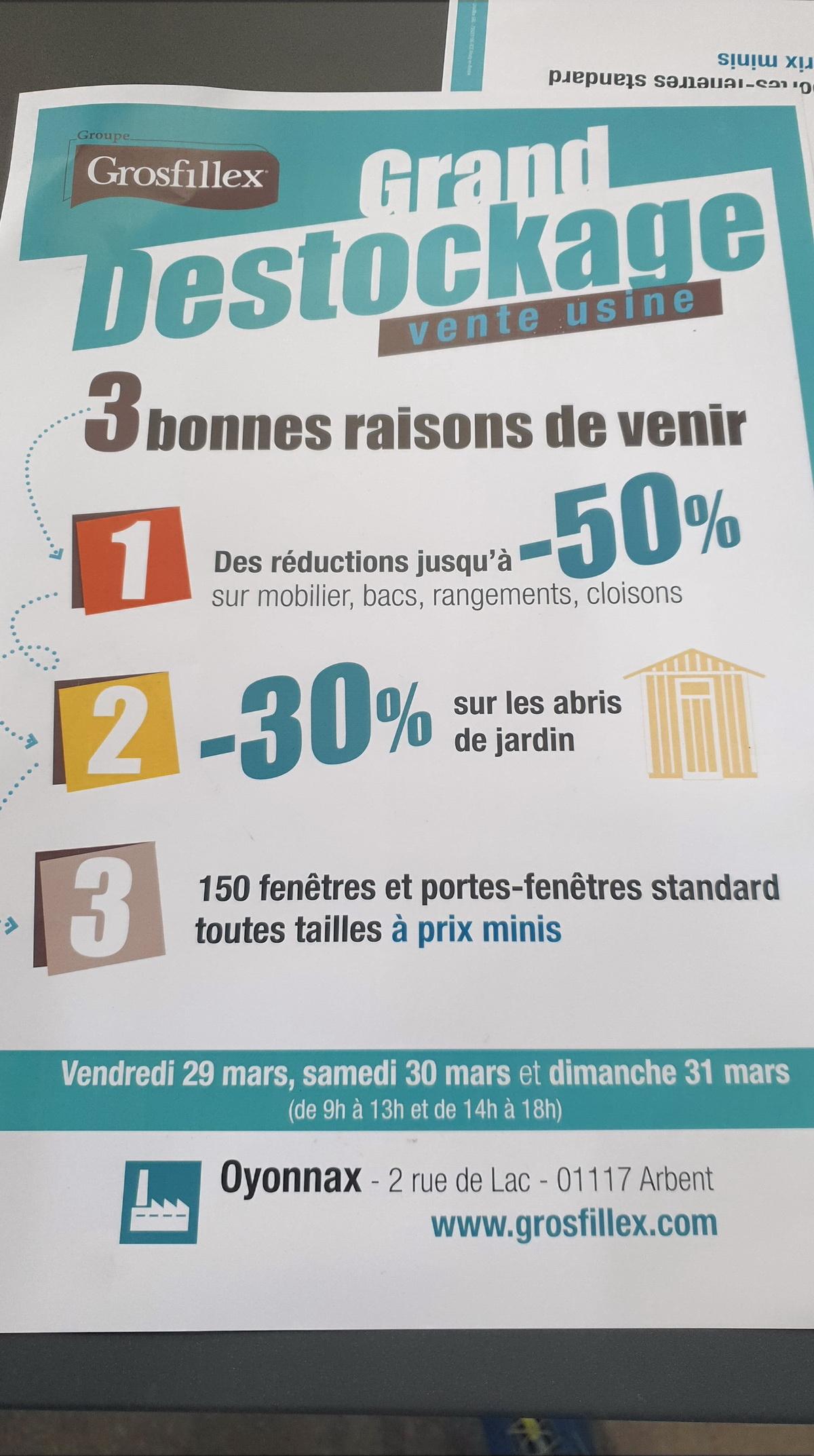Déstockage : Jusqu'à 50% de réduction dans le magasin - Arbent (01)