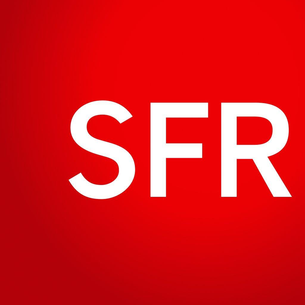 Box Internet SFR Fibre avec appels fixes illimités et TV + forfait mobile avec appels / SMS illimités et 100 Mo de DATA - pendant 12 mois