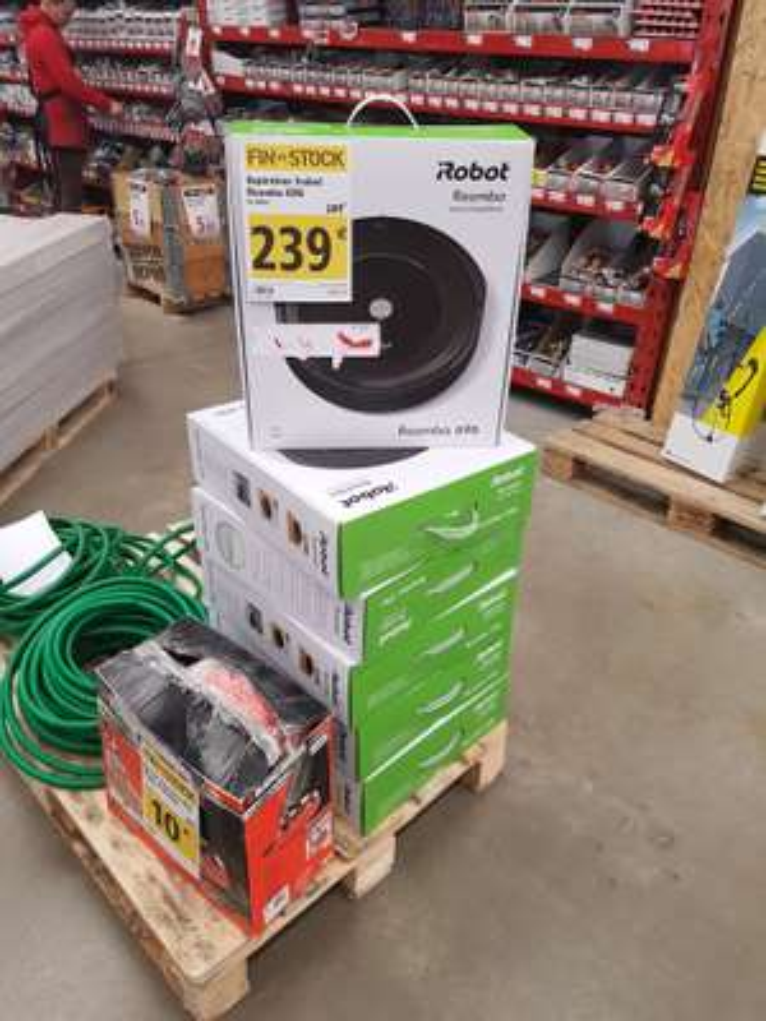 Aspirateur robot Roomba 696 - Brico Dépôt Saint-Witz (95)
