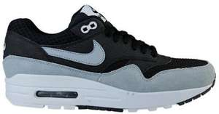 Paire de chaussures Femme Nike Air Max 1 Essential