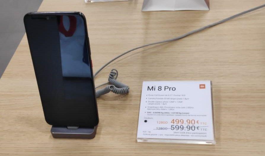 """Smartphone 6.21"""" Xiaomi Mi 8 Pro  - Snapdragon 845,  8 Go de RAM, 128 Go de ROM - Champs-Elysées (75)"""