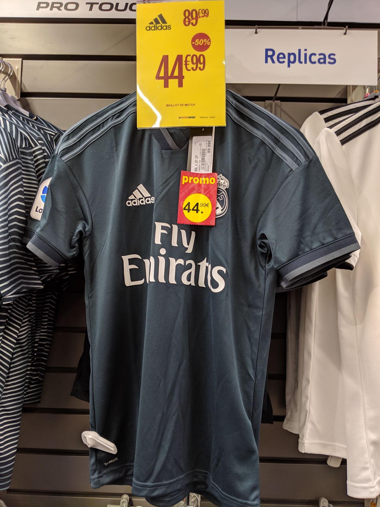 Sélection de maillots de football en promotion (Ex: Maillot Adidas extérieur Real de Madrid 18/19) - Fontenay le Comte (85)