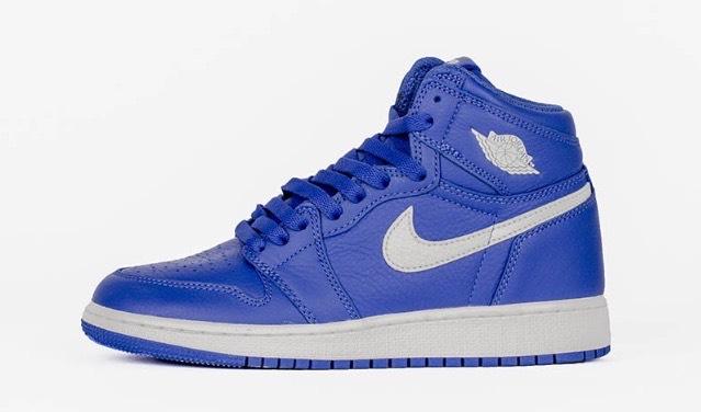 Paire de chaussures Nike Air Jordan 1 Retro High OG HYPER ROYAL - Taille 35.5 et 38.5, Bleu