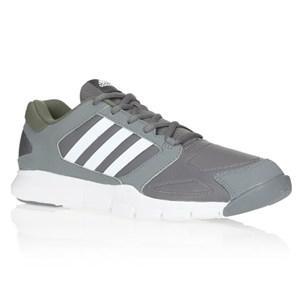 [Cdiscount à volonté] Chaussures homme Adidas Multisport Essential Star - Taille 43 1/3 et Taille 44