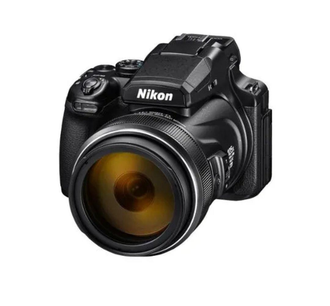 Appareil photo Nikon Coolpix P1000 - Noir (+76,50€ en SuperPoints)