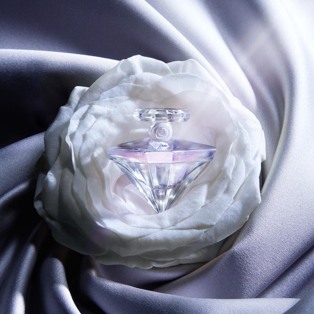 Échantillon gratuit eau de parfum La Nuit Trésor Musc Diamant de Lancôme