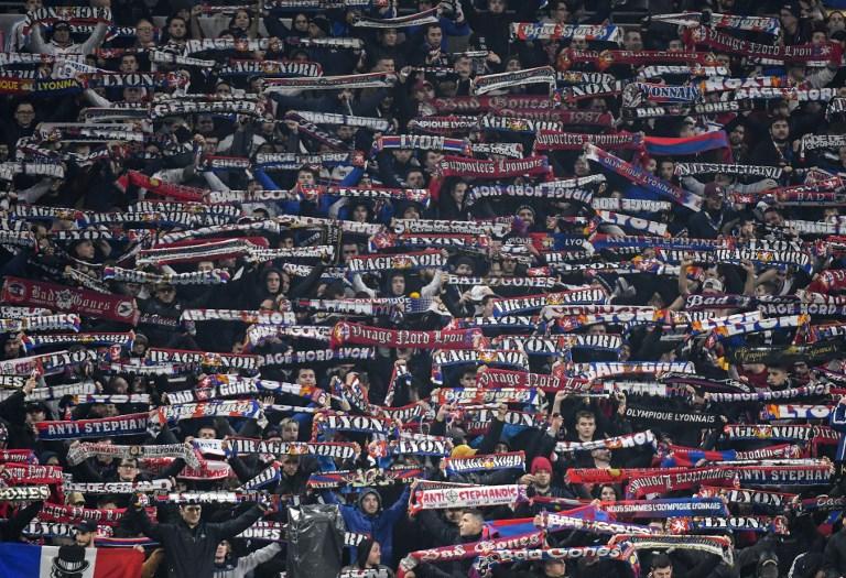 [Détenteurs d'un billet pour le match] Écharpe offerte lors du match de Ligue 1 Olympique Lyonnais / SM Caen - le 18 mai (21h), à Lyon (69)