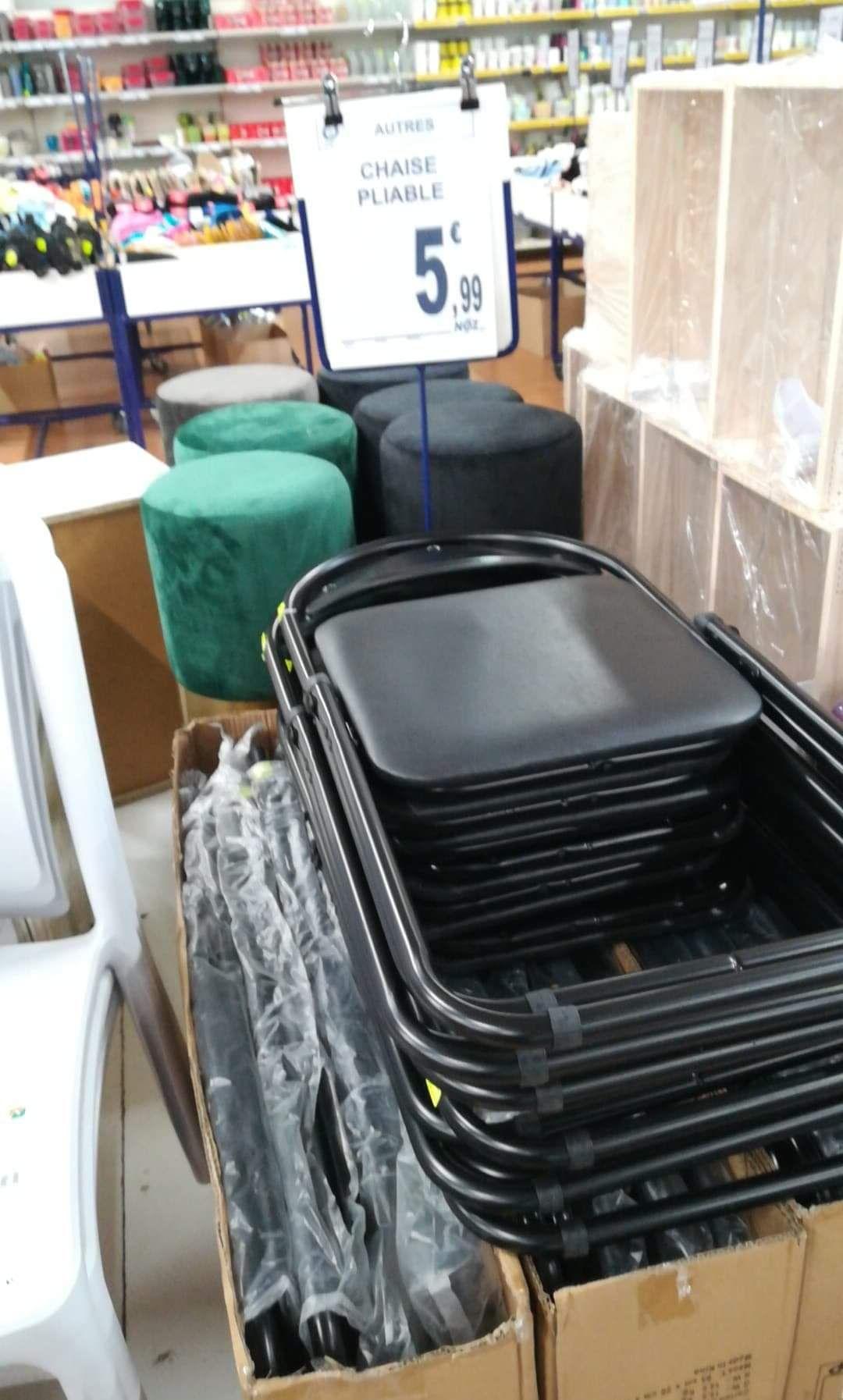 Chaise pliante noire - Agneaux (50)