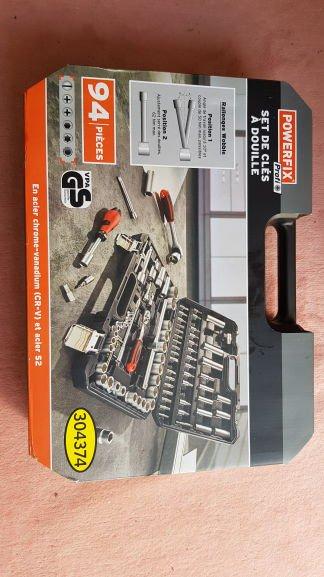 Set de clés à douille Powerfix 94 Pièces - En Acier Chrome-vanadium (CR-V) et Acier S2 - Douai (59)