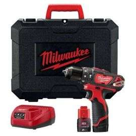 Perceuse à percussion MIlwaukee M12 BPD-202C - 2 vitesses, batterie 2Ah (129,56€ avec le code RAKUTEN15)