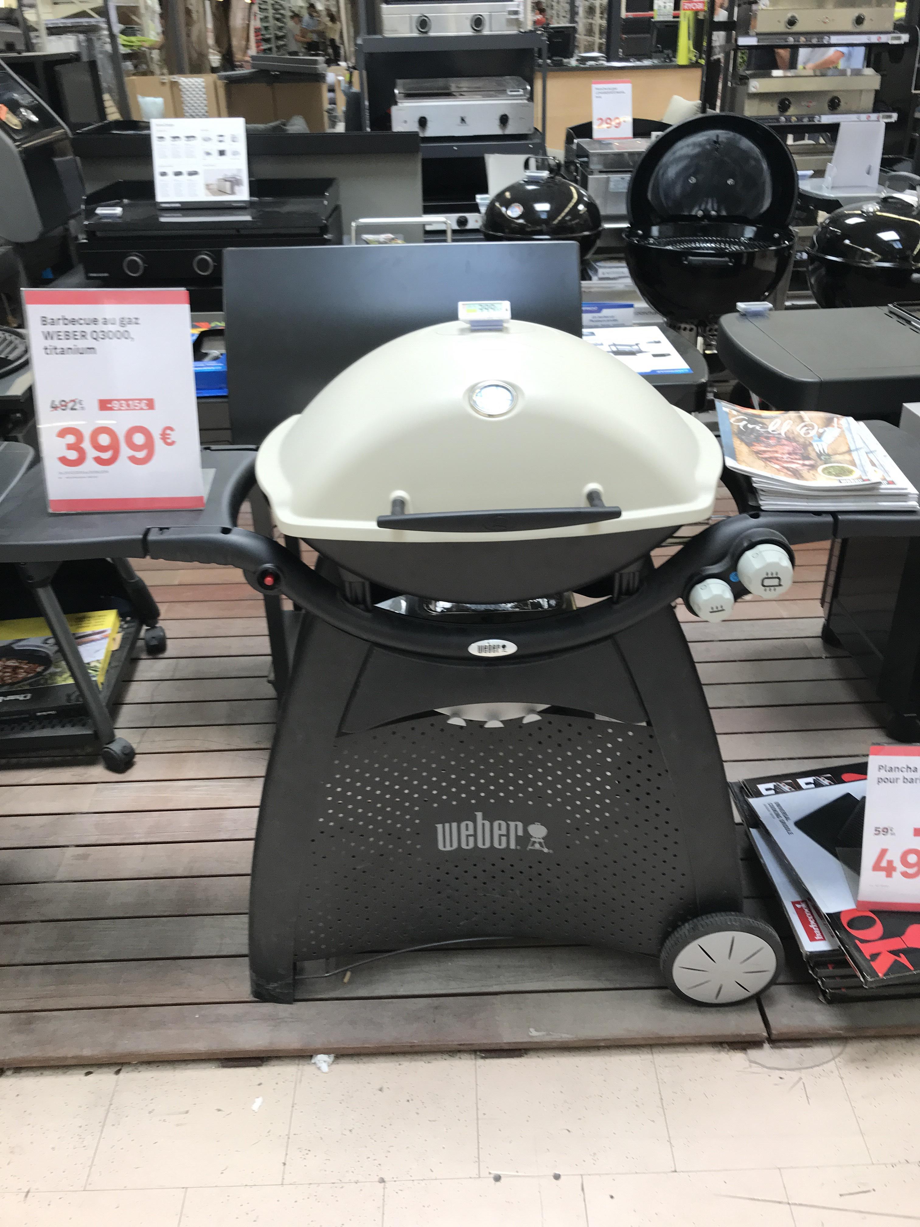 Barbecue  à gaz Weber Q3000 - Leroy Merlinde Nice (06)