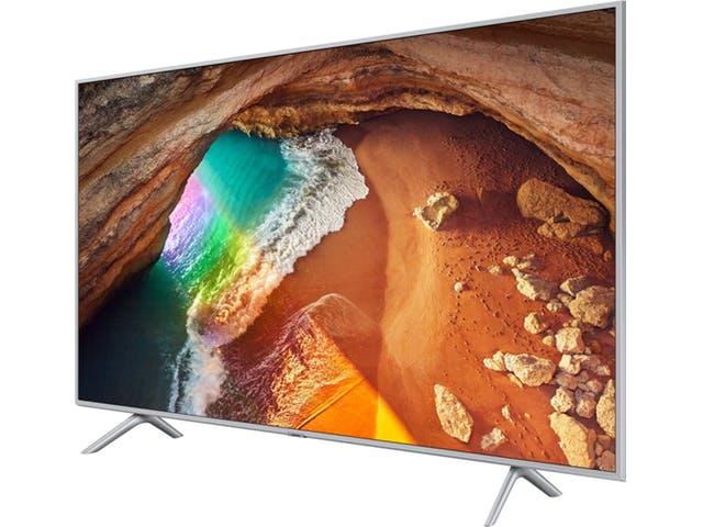 """Jusqu'à 300€ remboursés sur une sélection de TV Samsung QLED - Ex : TV 55"""" Samsung QE55Q60R - UHD 4K, HDR, Smart TV (Via ODR 300€)"""