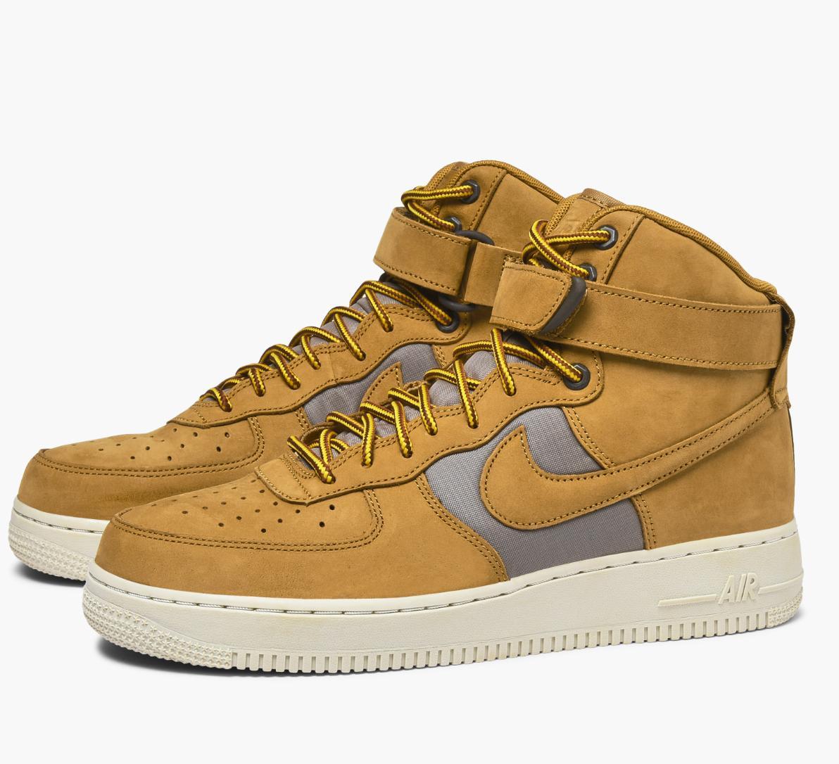 20% de remise supplémentaire sur les soldes - Ex: Nike Air Force 1 High ´07 Premium à 62€