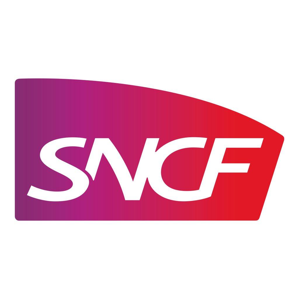 Distribution gratuite de bouteilles d'eau dans une sélection de gares SNCF