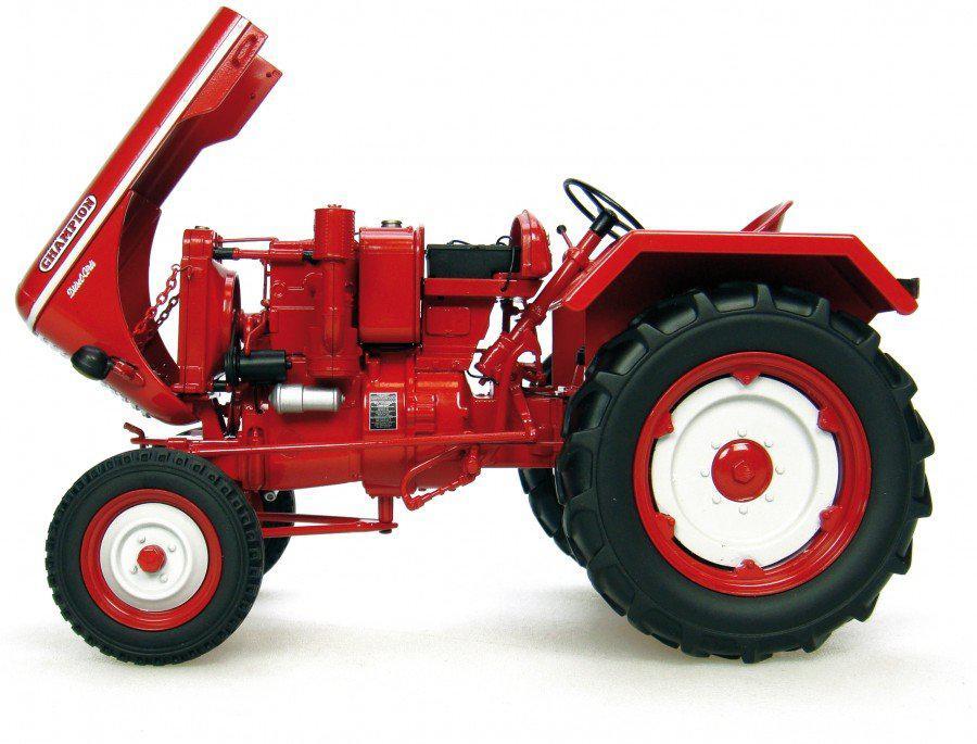 Tracteur de collection 1/16 Universal Hobbies