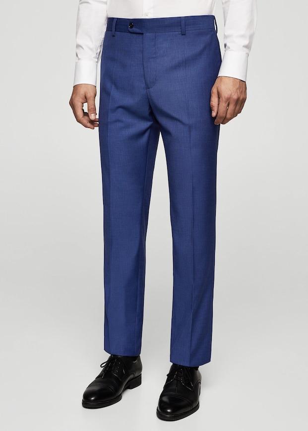 Jusqu'à -50% sur une sélection - Ex : Pantalon de costume slim-fit structuré