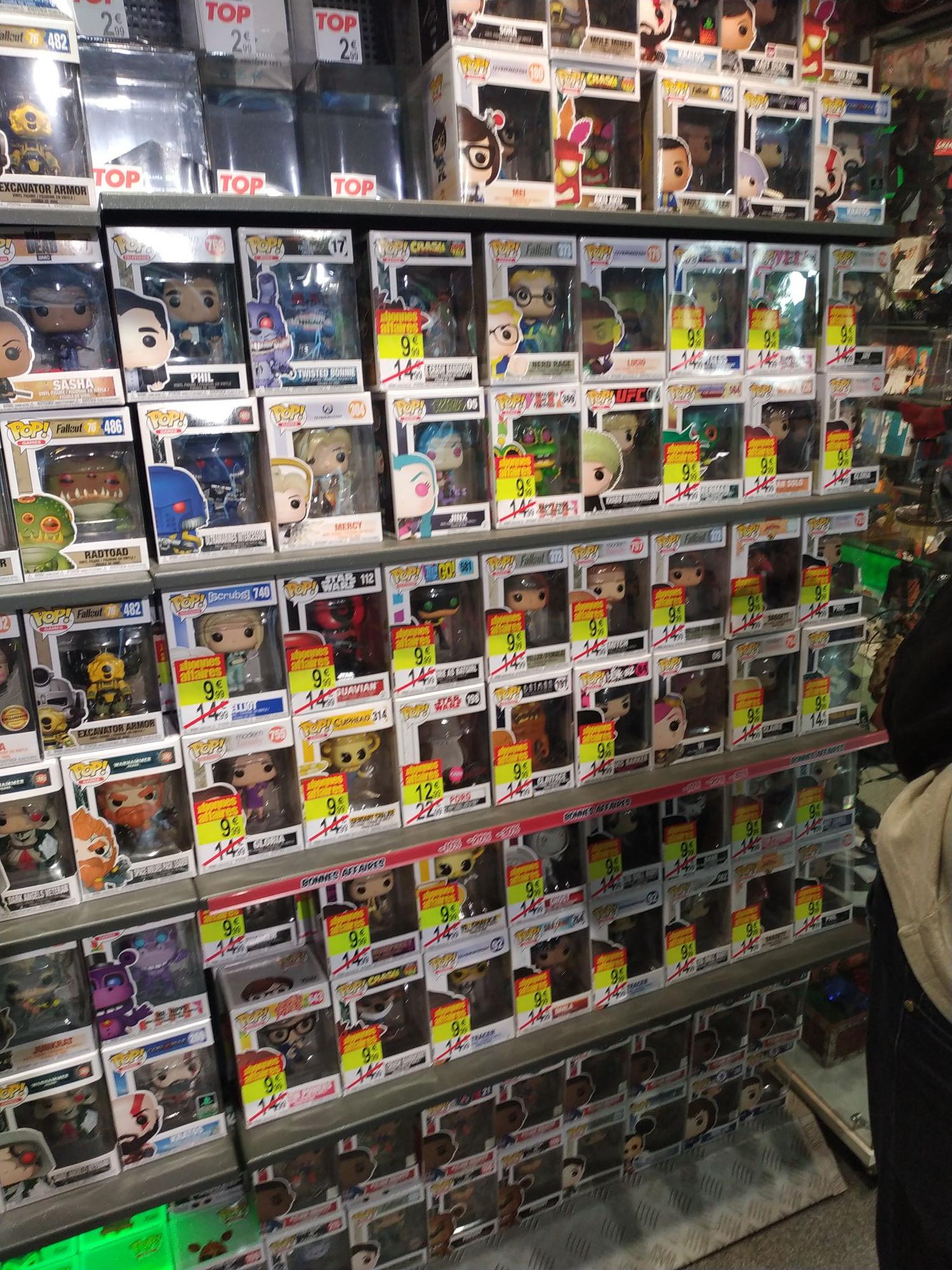 Sélection de figurines Funko Pop! à 9.99€ - Paris 17ème (75)